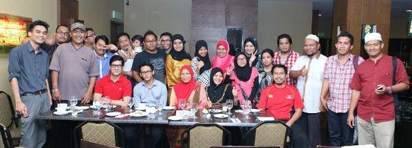 top blogger melayu malaysia 2012