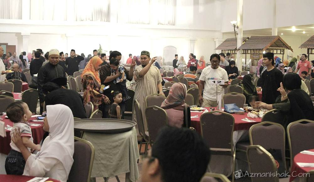 Azman Ishak Iftar Singgahsana Hotel