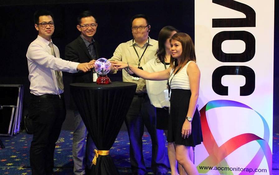 majlis perlancaran produk AOC Malaysia