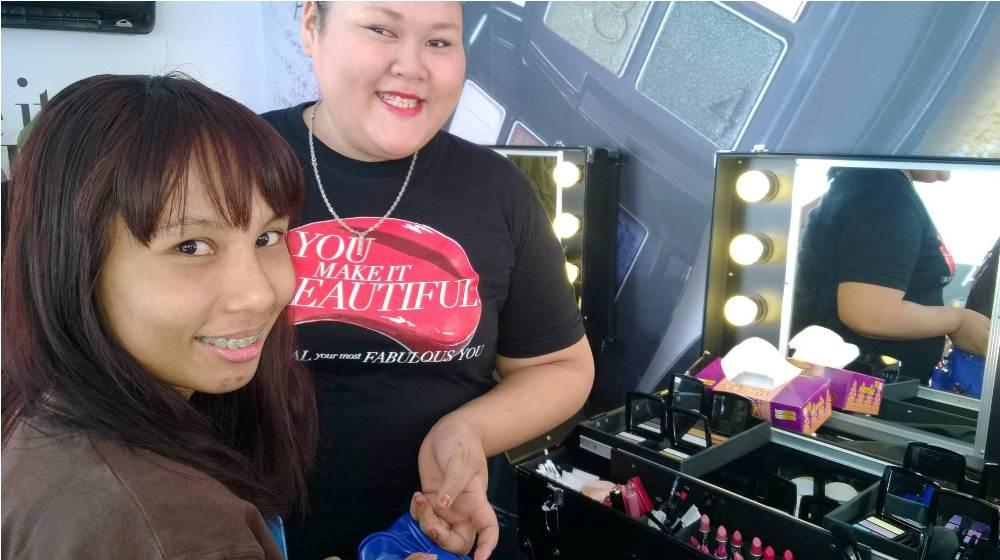 Ayue Jer Make-Up Avon Malaysia