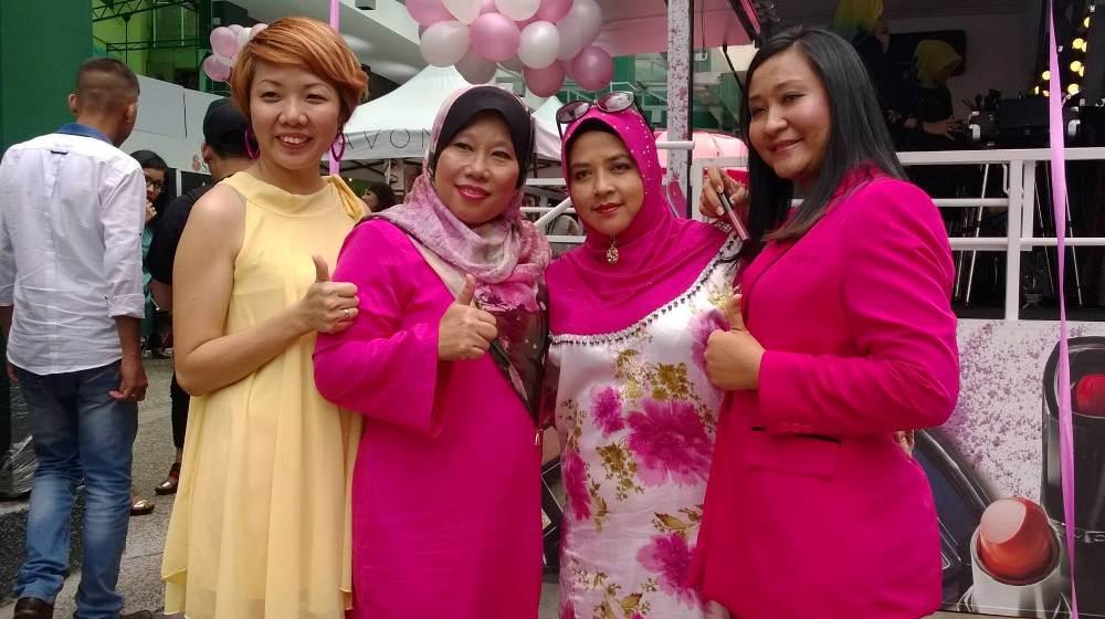 perasmian caravan Avon Malaysia