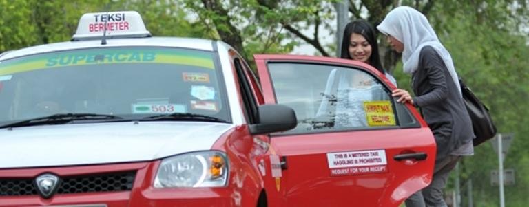 Pengalaman Menaiki Teksi Di Malaysia