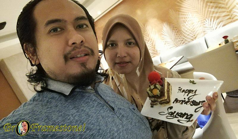 Kejutan Ulang Tahun Perkahwinan ke-5 Buat Isteri di Sunway Putra Hotel