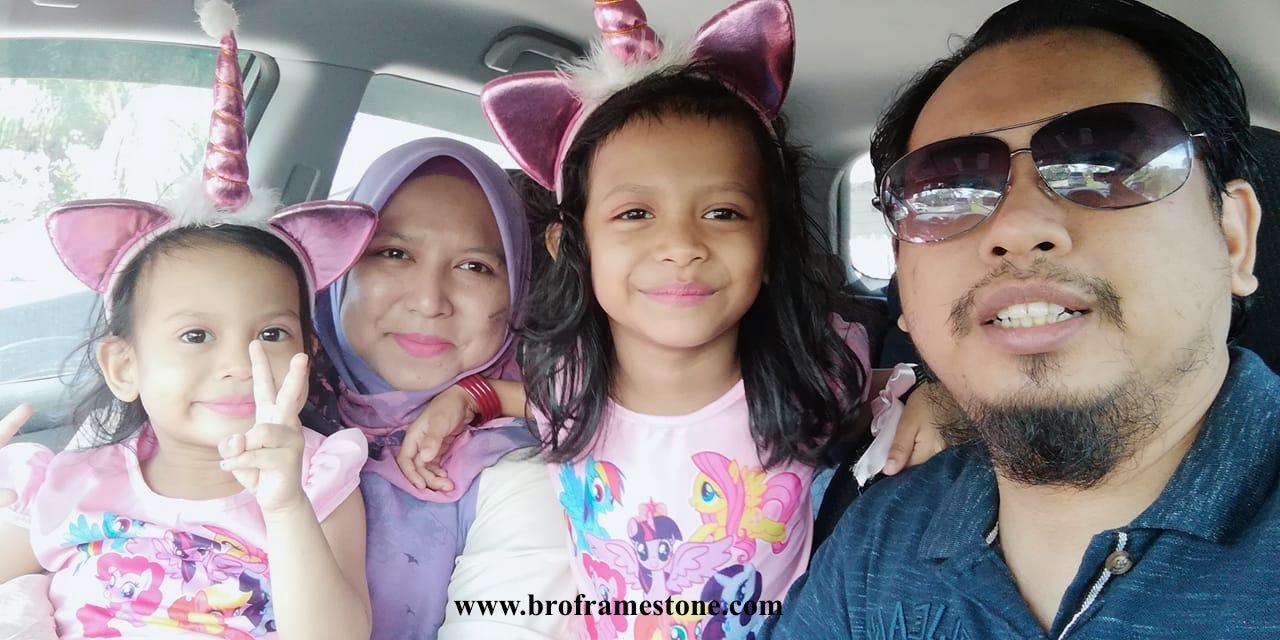 Keluarga Bro Framestone Unicorn