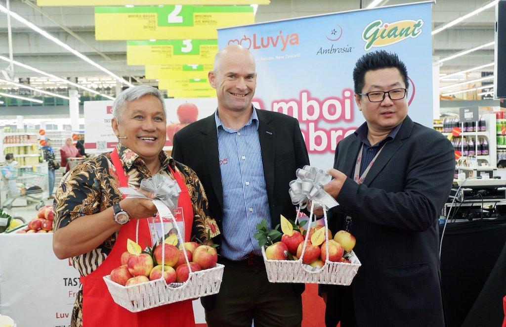 Datuk Chef Wan Pamer Masakan Klasik Malaysia Menggunakan Epal Ambrosia