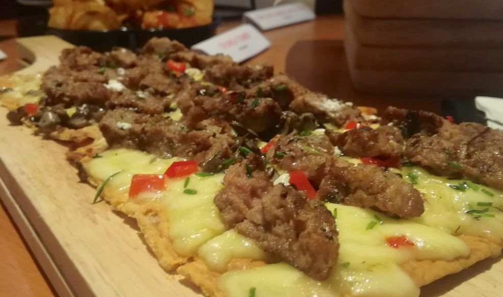 Tony Romas Lamb Flatbread