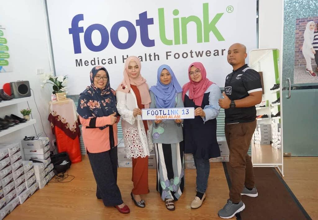 Footlink Seksyen 13, Shah Alam Kini Dibuka Tawar Pelbagai Pilihan Kasut Kesihatan