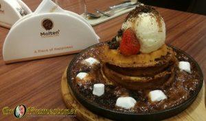 Sizzling Waffle Molten Chocolate Cafe