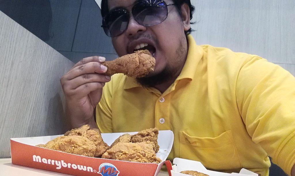 Marrybrown Jimat Jumaat  : 5 Ketul Ayam + 5 Ketul Nugget Pada Harga RM19.90. Ini Baru Jimat!
