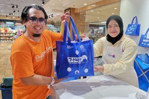 Shopping J-Hunt Aeon Big Subang Jaya