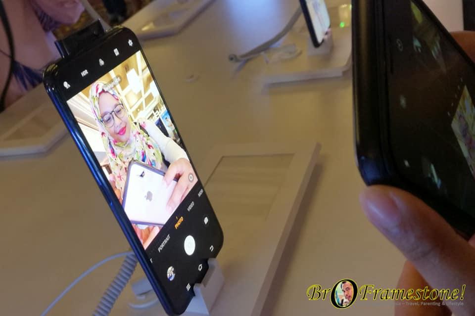 Vivo V17 Pro Kamera Hadapan Pop-naik Dwi-lensa 32MP