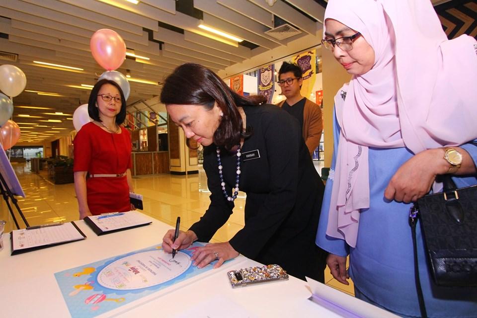Yang Berhormat Puan Hannah Yeoh, Timbalan Menteri