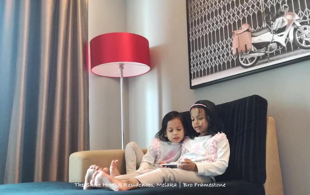 Kerusi Malas Studio Suite @ The Shore Hotel & Residences, Melaka