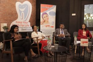Panel Kempen 'Keep Your Teeth For Life'