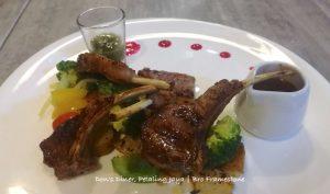 Lamb Rack Don's Diner