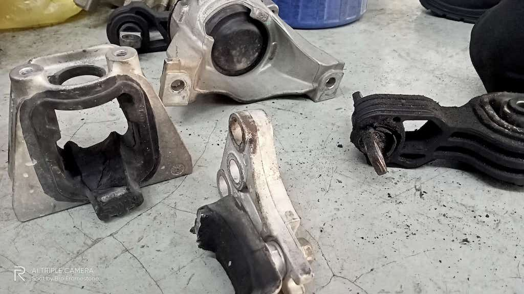 Engine Mounting Honda CRV