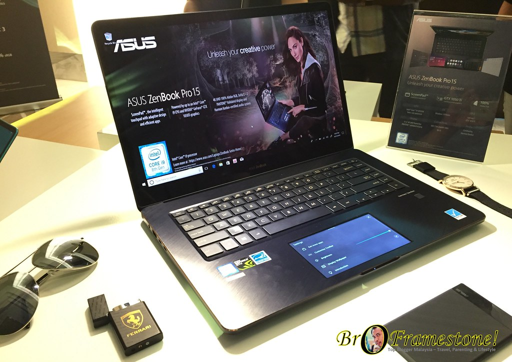 ASUS ZenBook Pro 15 Laptop Terbaik